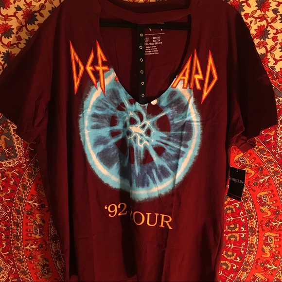 Forever 21 Tops - Plus Size Def Leppard Cut Out Grunge Tee